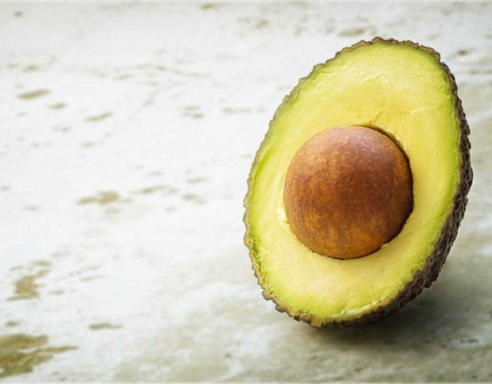 Avocado voor een stevigere huid van je borsten